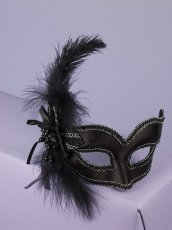 MASK W/GLASSES BLACK SATIN W/FEATHER