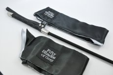 FIFTY SHADES BLINDFOLD WRIST TIE AND CROP SET (NET)