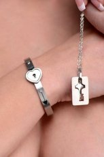 MASTER SERIES CUFFED LOCKING & KEY NECKLACE